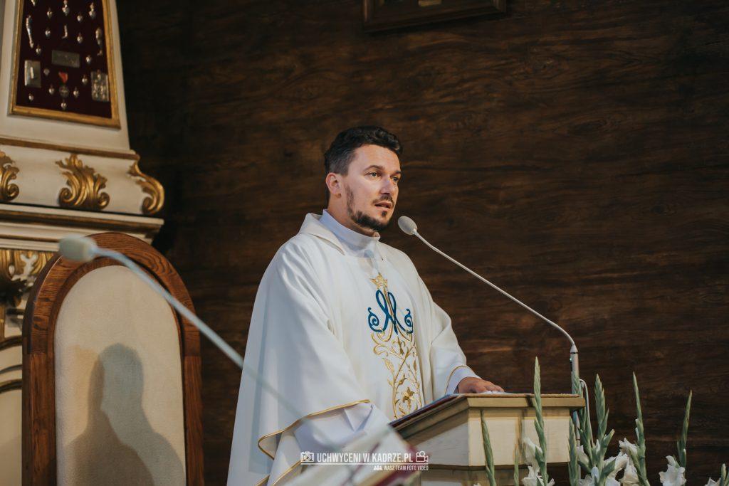 Magdalena Bartłomiej Fotografia Slubna 153 1024x683 - Ślub w zabytkowym drewnianym kościele | Tomaszów Lubelski