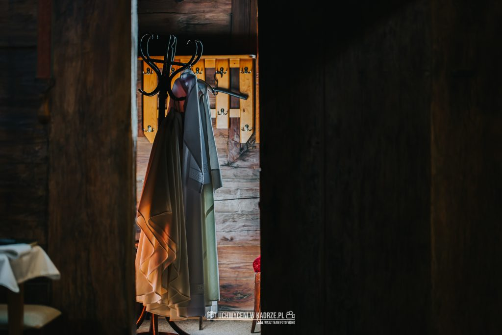 Magdalena Bartłomiej Fotografia Slubna 179 1024x683 - Ślub w zabytkowym drewnianym kościele | Tomaszów Lubelski