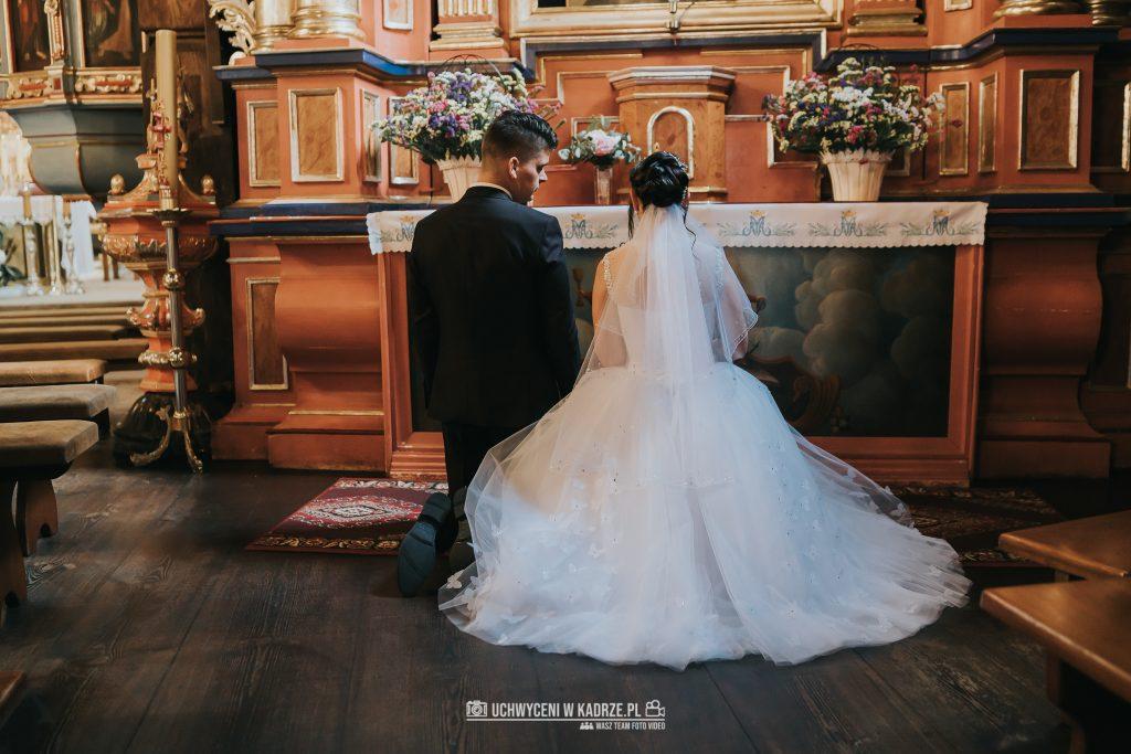 Magdalena Bartłomiej Fotografia Slubna 188 1024x683 - Ślub w zabytkowym drewnianym kościele | Tomaszów Lubelski