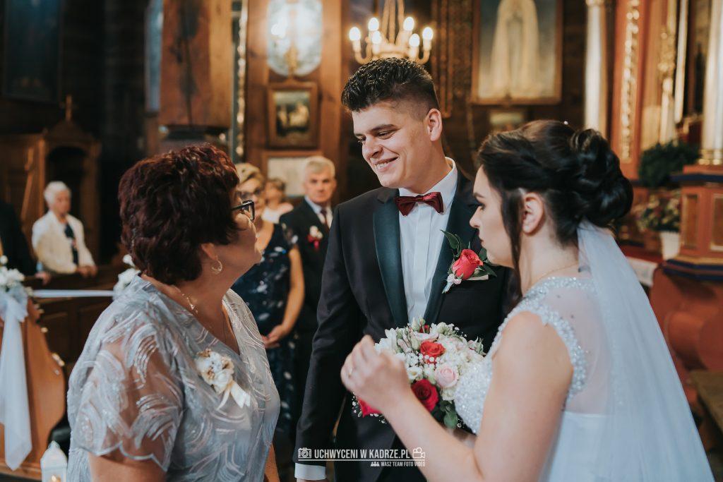 Magdalena Bartłomiej Fotografia Slubna 189 1024x683 - Ślub w zabytkowym drewnianym kościele | Tomaszów Lubelski
