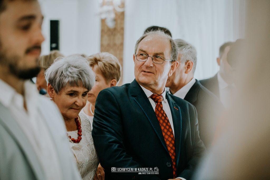 Magdalena Bartłomiej Fotografia Slubna 236 1024x683 - Ślub w zabytkowym drewnianym kościele | Tomaszów Lubelski