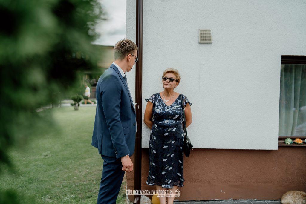 Magdalena Bartłomiej Fotografia Slubna 24 1024x683 - Ślub w zabytkowym drewnianym kościele | Tomaszów Lubelski