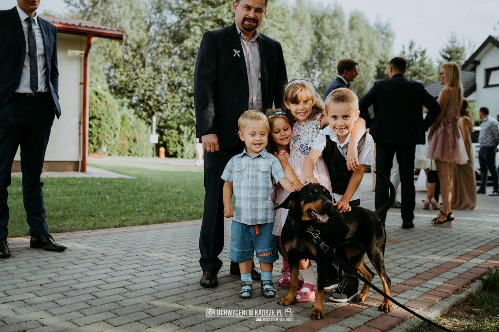 Magdalena Bartłomiej Fotografia Slubna 248 1024x683 - Ślub w zabytkowym drewnianym kościele | Tomaszów Lubelski