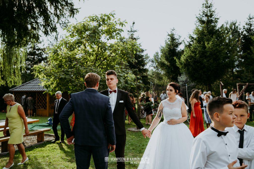 Magdalena Bartłomiej Fotografia Slubna 254 1024x683 - Ślub w zabytkowym drewnianym kościele | Tomaszów Lubelski