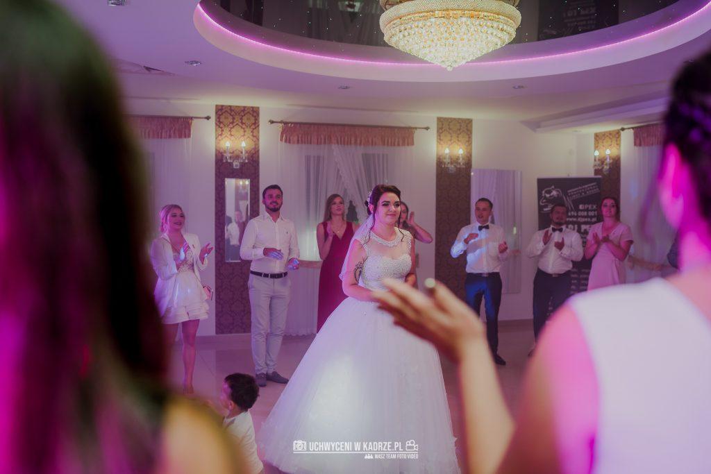 Magdalena Bartłomiej Fotografia Slubna 281 1024x683 - Ślub w zabytkowym drewnianym kościele | Tomaszów Lubelski