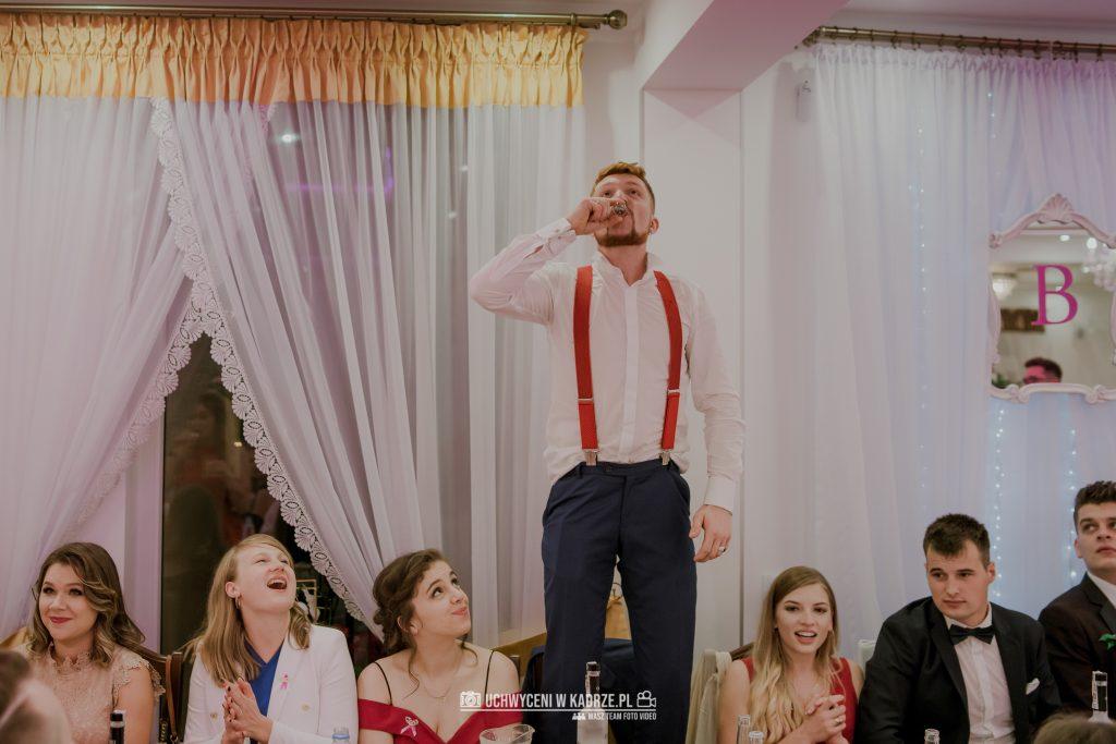 Magdalena Bartłomiej Fotografia Slubna 335 1024x683 - Ślub w zabytkowym drewnianym kościele | Tomaszów Lubelski