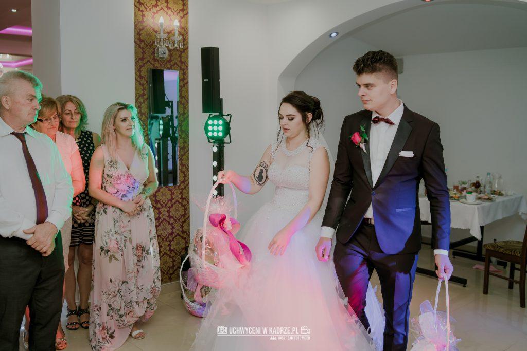 Magdalena Bartłomiej Fotografia Slubna 338 1024x683 - Ślub w zabytkowym drewnianym kościele | Tomaszów Lubelski