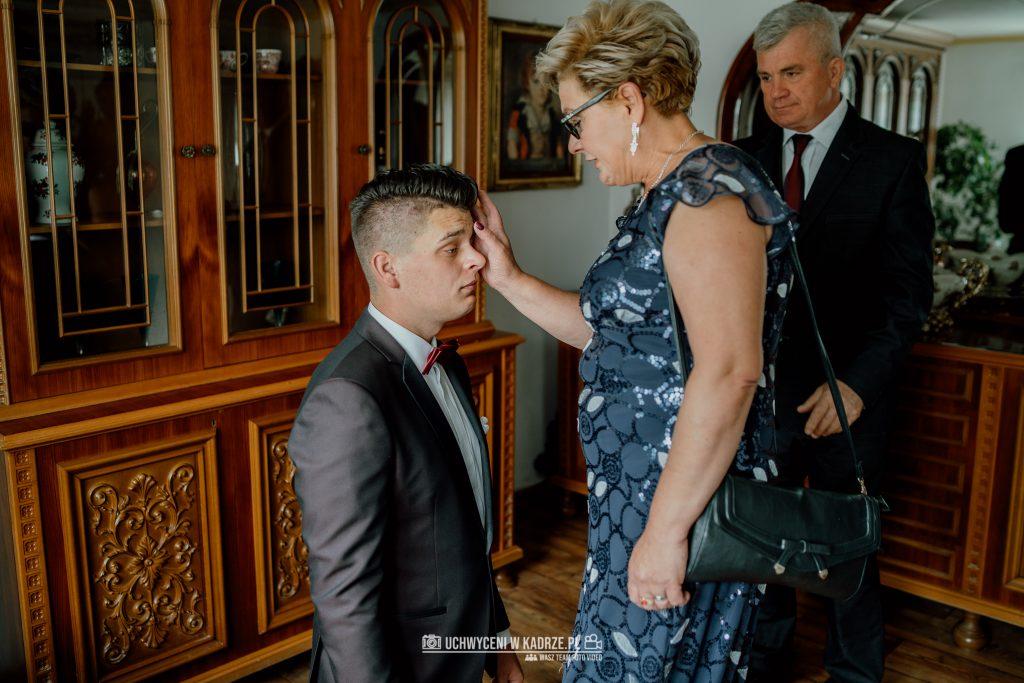 Magdalena Bartłomiej Fotografia Slubna 34 1024x683 - Ślub w zabytkowym drewnianym kościele | Tomaszów Lubelski