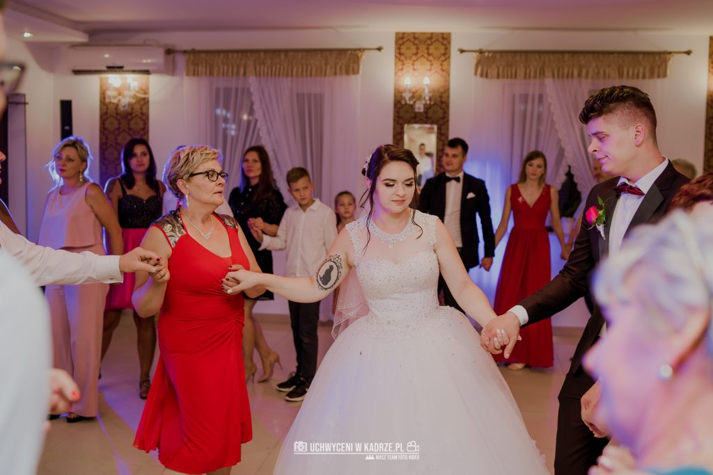 Magdalena Bartłomiej Fotografia Slubna 346 1024x683 - Ślub w zabytkowym drewnianym kościele | Tomaszów Lubelski