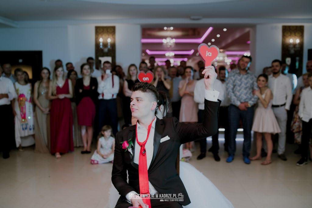 Magdalena Bartłomiej Fotografia Slubna 378 1024x683 - Ślub w zabytkowym drewnianym kościele | Tomaszów Lubelski