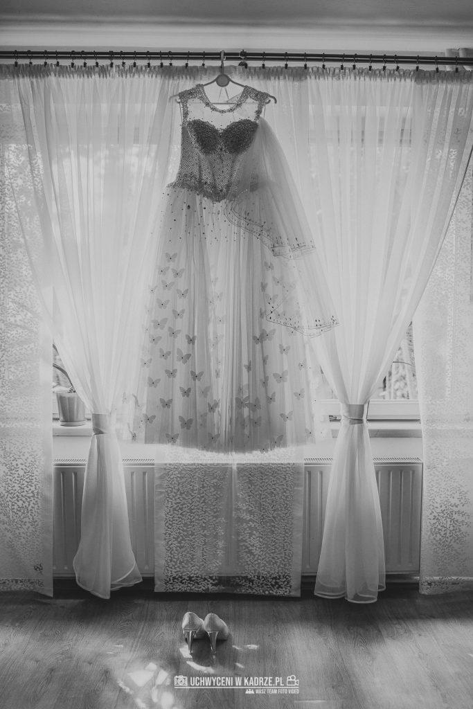 Magdalena Bartłomiej Fotografia Slubna 48 683x1024 - Ślub w zabytkowym drewnianym kościele | Tomaszów Lubelski