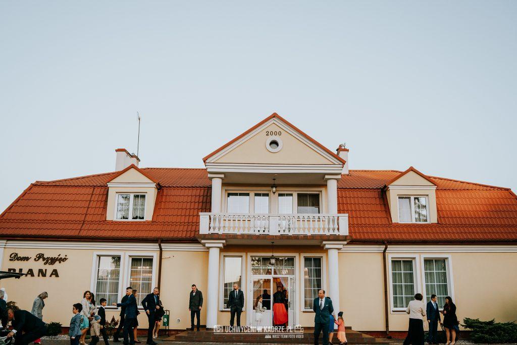 Magda Adrian Wesele Diana Chelm 129 1024x683 - Magda i Adrian | Ślub w Bazylice w Chełmie  | Fotograf na wesele Chełm