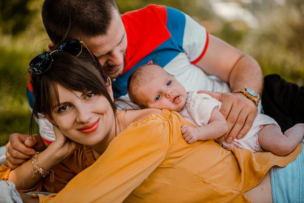 lenka sesja noworodkowa w plenerze 4 1024x683 - Sesja noworodkowa w plenerze | Chełm | 19.07.2020