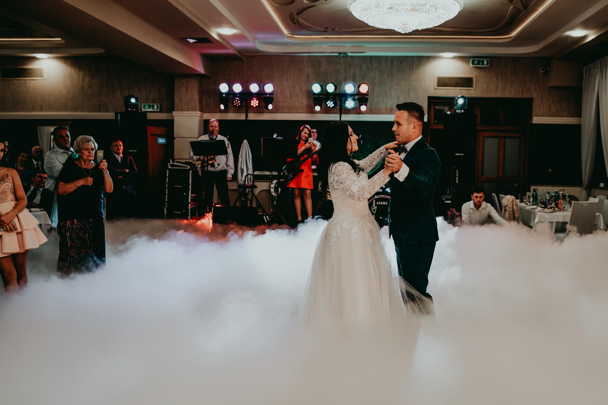 Przepiękne wesele w Hotelu 'Regent' w Pawłowie | Magda & Tomek | 26.10.2019