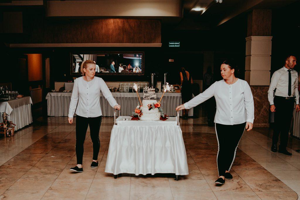 reportaz slubny lubelskie magda tomek 114 1024x683 - Przepiękne wesele w Hotelu 'Regent' w Pawłowie | Magda & Tomek | 26.10.2019