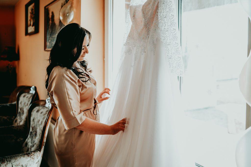 reportaz slubny lubelskie magda tomek 12 1024x683 - Przepiękne wesele w Hotelu 'Regent' w Pawłowie | Magda & Tomek | 26.10.2019