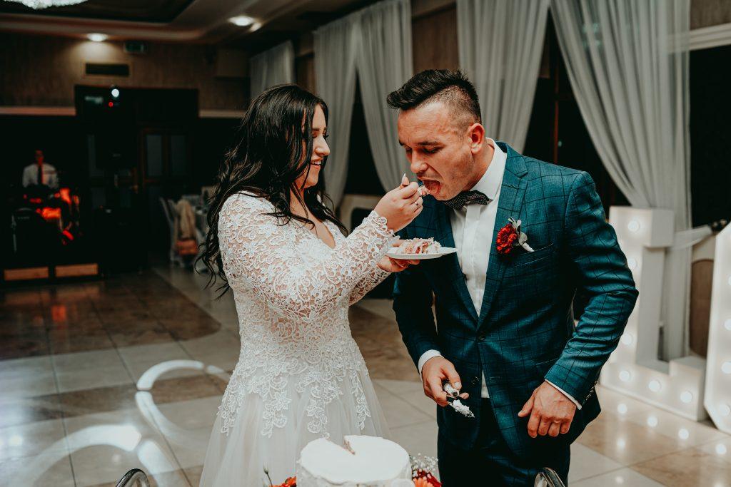 reportaz slubny lubelskie magda tomek 121 1024x683 - Przepiękne wesele w Hotelu 'Regent' w Pawłowie | Magda & Tomek | 26.10.2019
