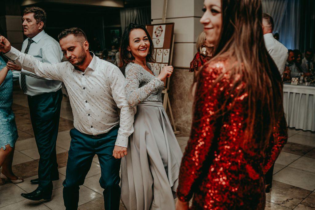 reportaz slubny lubelskie magda tomek 123 1024x683 - Przepiękne wesele w Hotelu 'Regent' w Pawłowie | Magda & Tomek | 26.10.2019