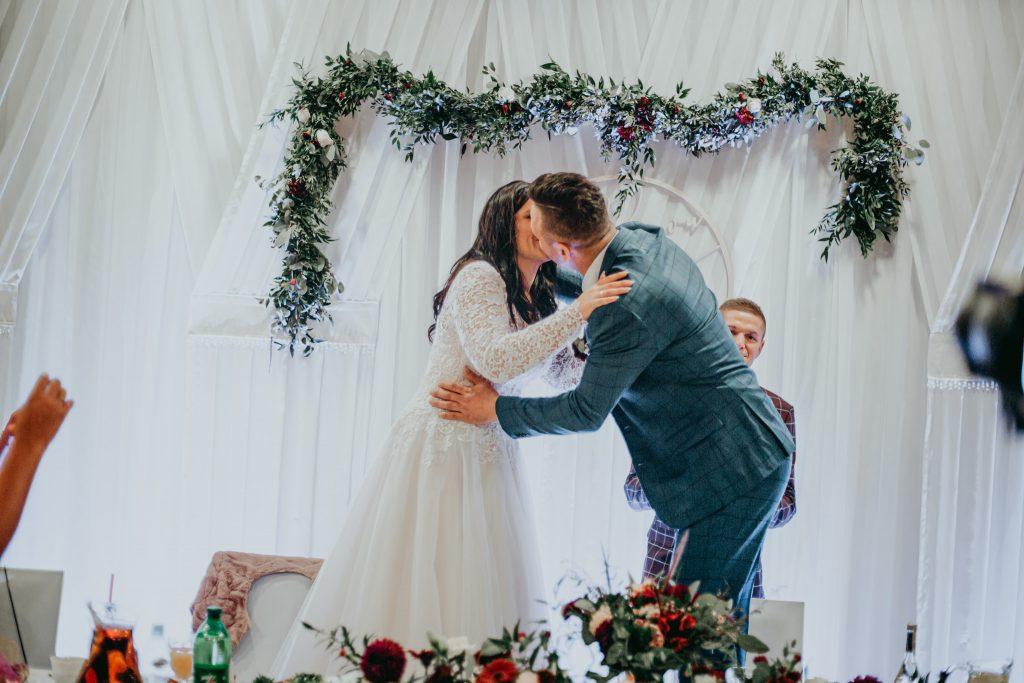 reportaz slubny lubelskie magda tomek 135 1024x683 - Przepiękne wesele w Hotelu 'Regent' w Pawłowie | Magda & Tomek | 26.10.2019