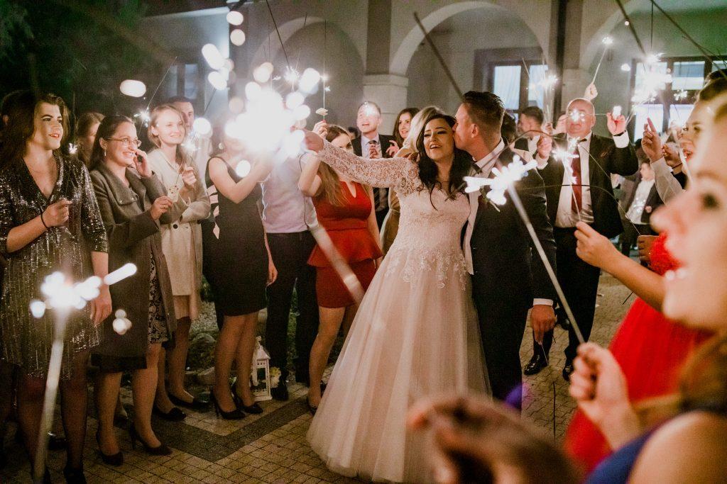 reportaz slubny lubelskie magda tomek 142 1024x683 - Przepiękne wesele w Hotelu 'Regent' w Pawłowie | Magda & Tomek | 26.10.2019
