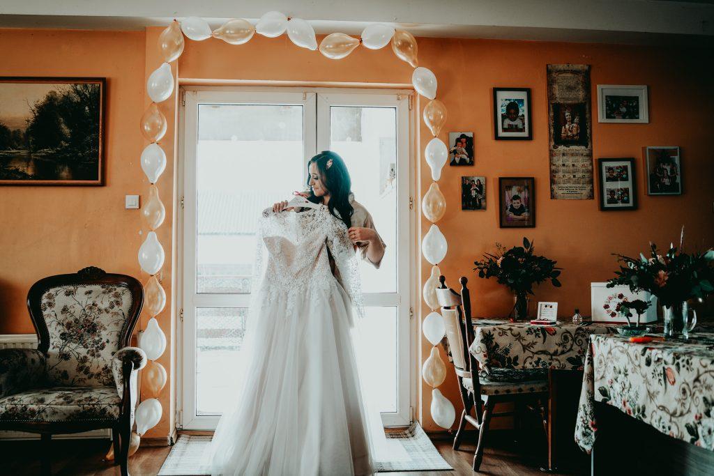 reportaz slubny lubelskie magda tomek 15 1024x683 - Przepiękne wesele w Hotelu 'Regent' w Pawłowie | Magda & Tomek | 26.10.2019