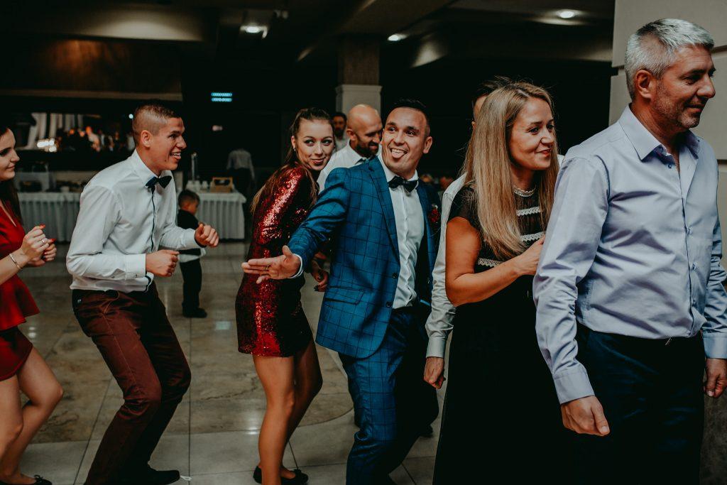 reportaz slubny lubelskie magda tomek 152 1024x683 - Przepiękne wesele w Hotelu 'Regent' w Pawłowie | Magda & Tomek | 26.10.2019