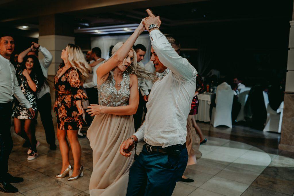 reportaz slubny lubelskie magda tomek 156 1024x683 - Przepiękne wesele w Hotelu 'Regent' w Pawłowie | Magda & Tomek | 26.10.2019