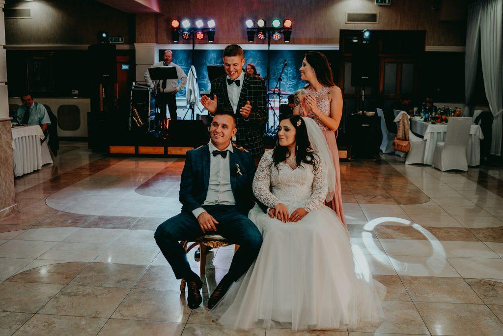reportaz slubny lubelskie magda tomek 157 1024x683 - Przepiękne wesele w Hotelu 'Regent' w Pawłowie | Magda & Tomek | 26.10.2019