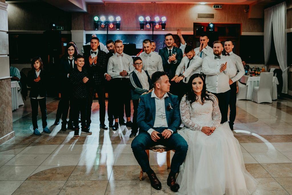 reportaz slubny lubelskie magda tomek 160 1024x683 - Przepiękne wesele w Hotelu 'Regent' w Pawłowie | Magda & Tomek | 26.10.2019