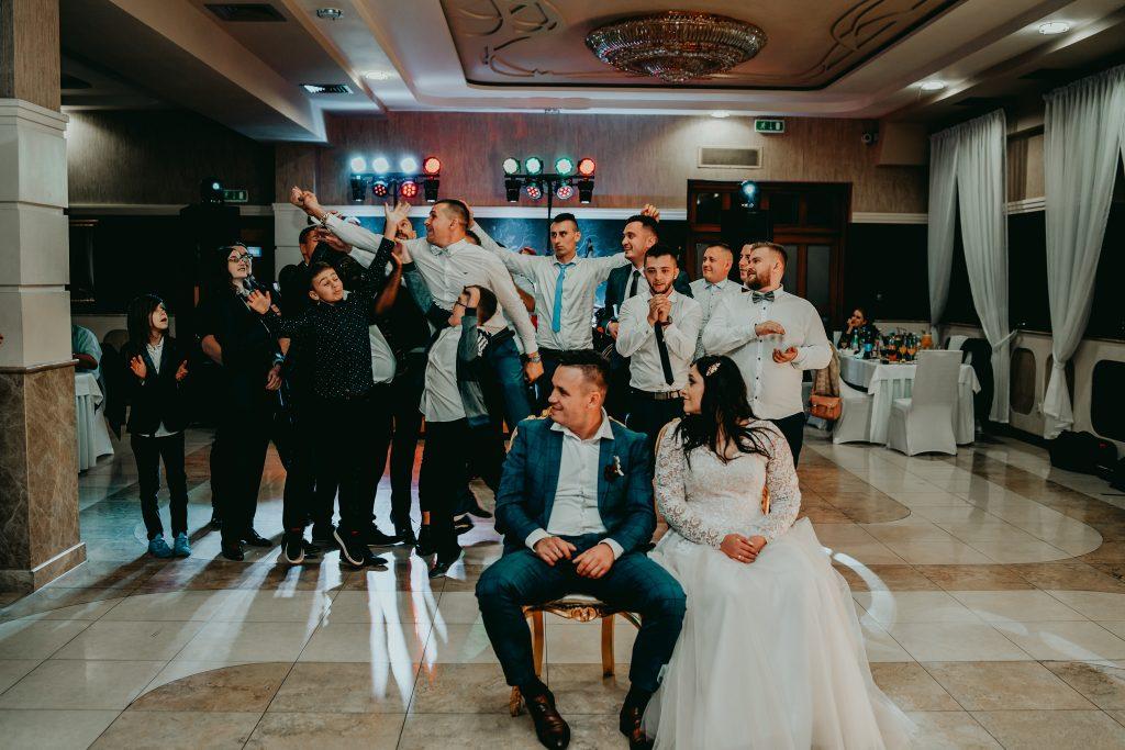 reportaz slubny lubelskie magda tomek 161 1024x683 - Przepiękne wesele w Hotelu 'Regent' w Pawłowie | Magda & Tomek | 26.10.2019