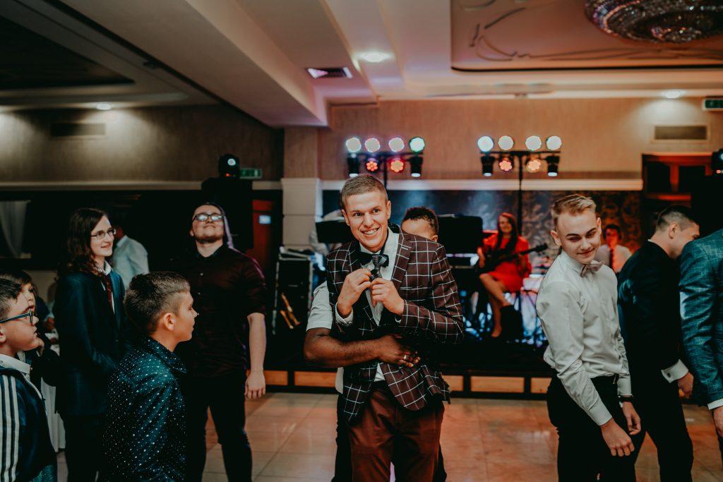 reportaz slubny lubelskie magda tomek 162 1024x683 - Przepiękne wesele w Hotelu 'Regent' w Pawłowie | Magda & Tomek | 26.10.2019