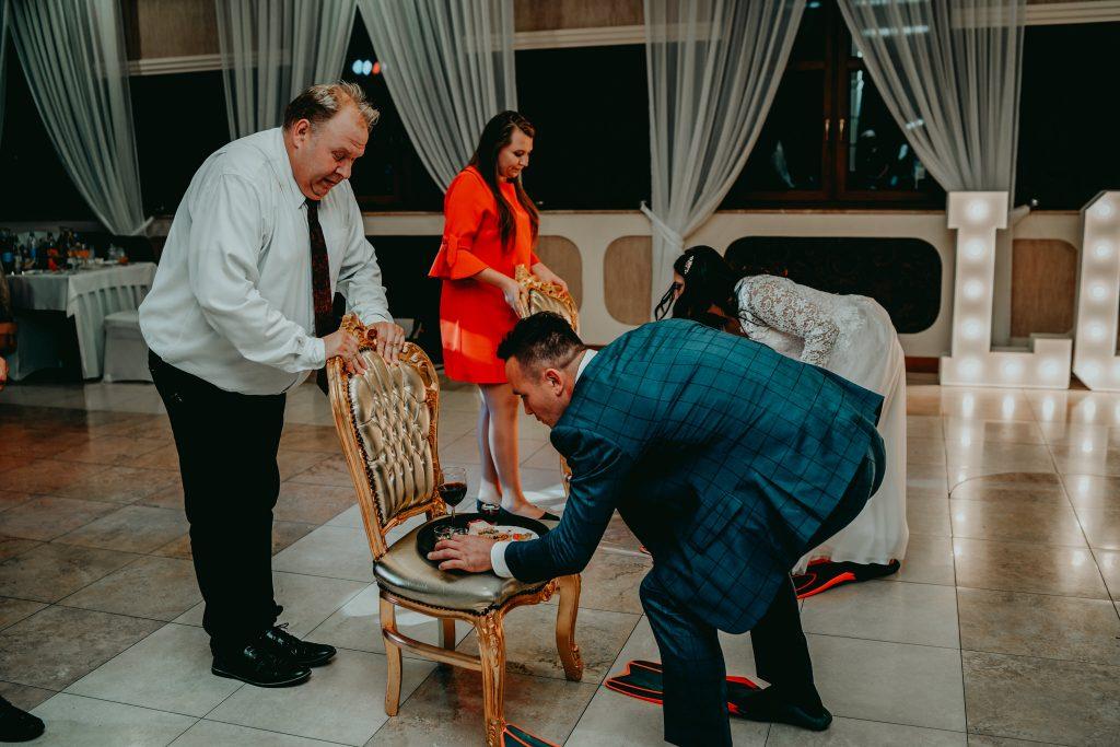 reportaz slubny lubelskie magda tomek 167 1024x683 - Przepiękne wesele w Hotelu 'Regent' w Pawłowie | Magda & Tomek | 26.10.2019