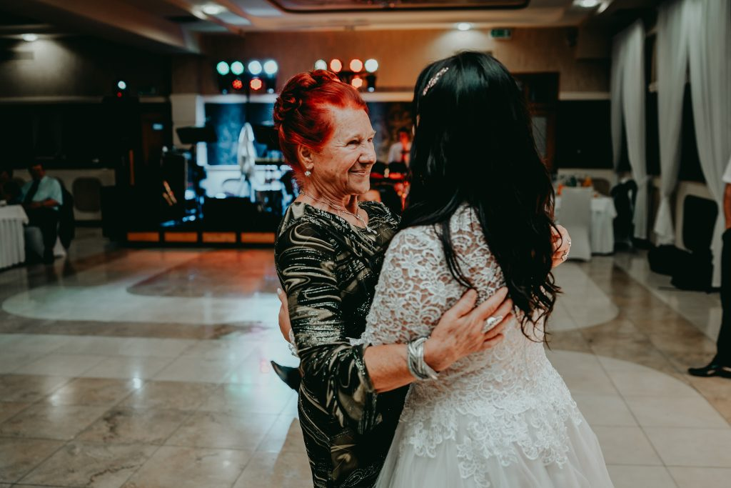 reportaz slubny lubelskie magda tomek 179 1024x683 - Przepiękne wesele w Hotelu 'Regent' w Pawłowie | Magda & Tomek | 26.10.2019
