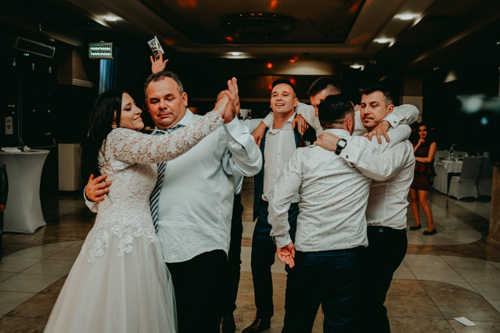 reportaz slubny lubelskie magda tomek 180 1024x683 - Przepiękne wesele w Hotelu 'Regent' w Pawłowie | Magda & Tomek | 26.10.2019