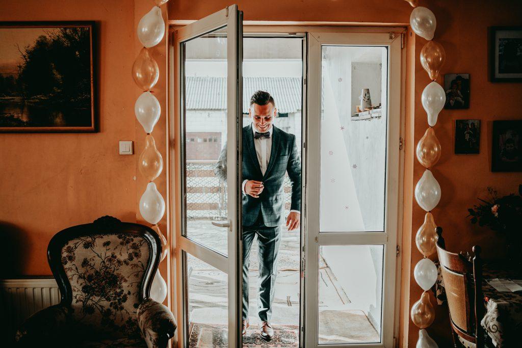 reportaz slubny lubelskie magda tomek 22 1024x683 - Przepiękne wesele w Hotelu 'Regent' w Pawłowie | Magda & Tomek | 26.10.2019