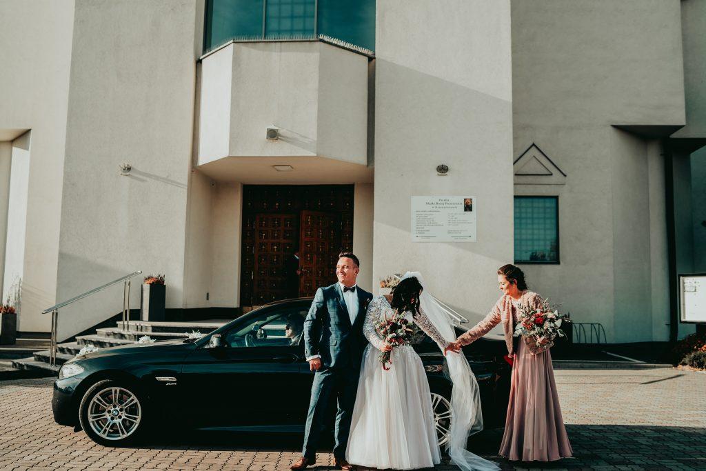 reportaz slubny lubelskie magda tomek 37 1024x683 - Przepiękne wesele w Hotelu 'Regent' w Pawłowie | Magda & Tomek | 26.10.2019