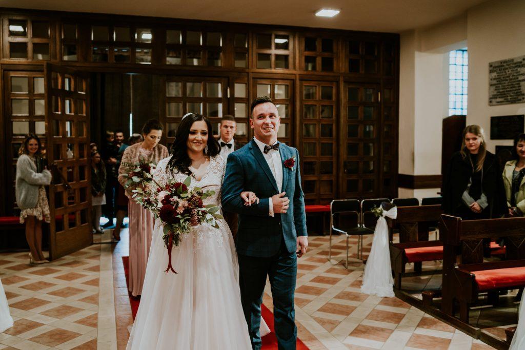 reportaz slubny lubelskie magda tomek 46 1024x683 - Przepiękne wesele w Hotelu 'Regent' w Pawłowie | Magda & Tomek | 26.10.2019
