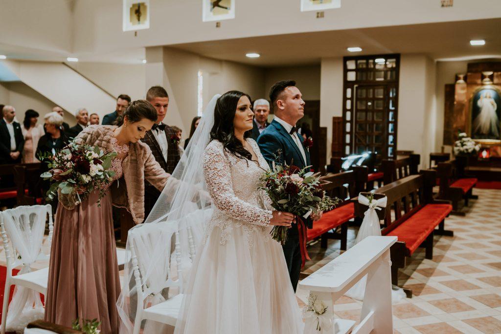 reportaz slubny lubelskie magda tomek 47 1024x683 - Przepiękne wesele w Hotelu 'Regent' w Pawłowie | Magda & Tomek | 26.10.2019