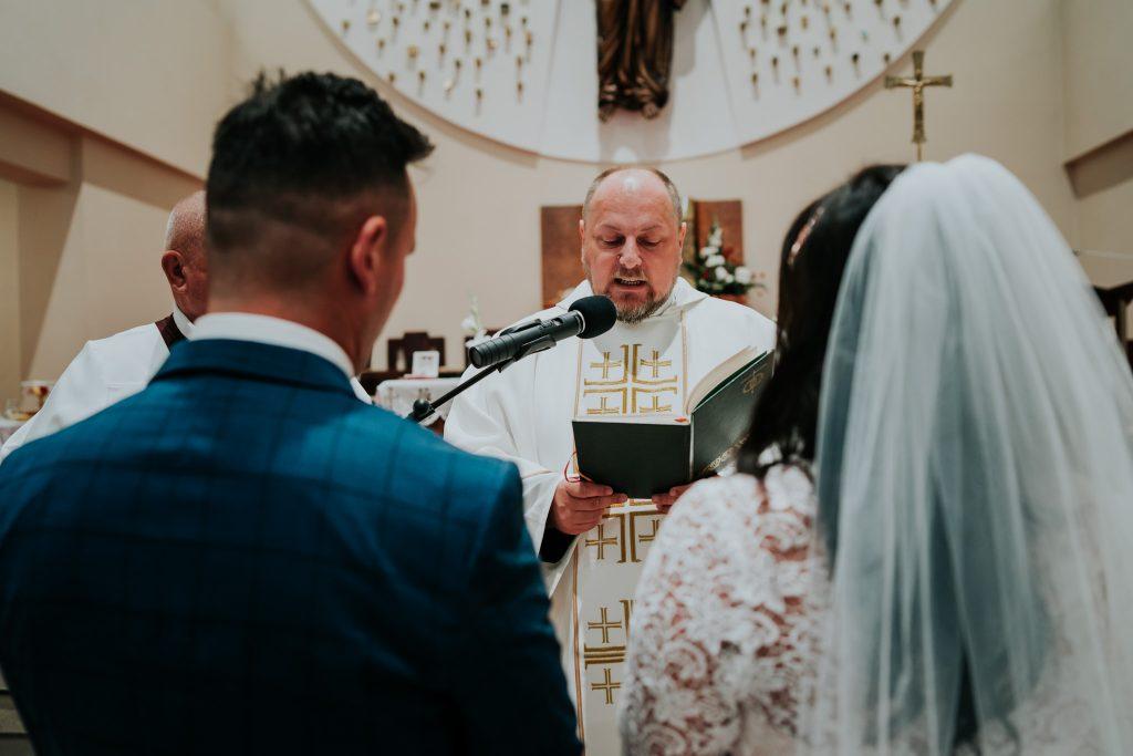 reportaz slubny lubelskie magda tomek 53 1024x683 - Przepiękne wesele w Hotelu 'Regent' w Pawłowie | Magda & Tomek | 26.10.2019