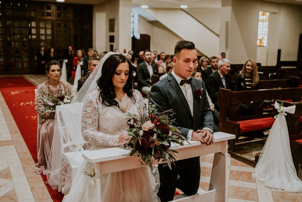 reportaz slubny lubelskie magda tomek 65 1024x683 - Przepiękne wesele w Hotelu 'Regent' w Pawłowie | Magda & Tomek | 26.10.2019