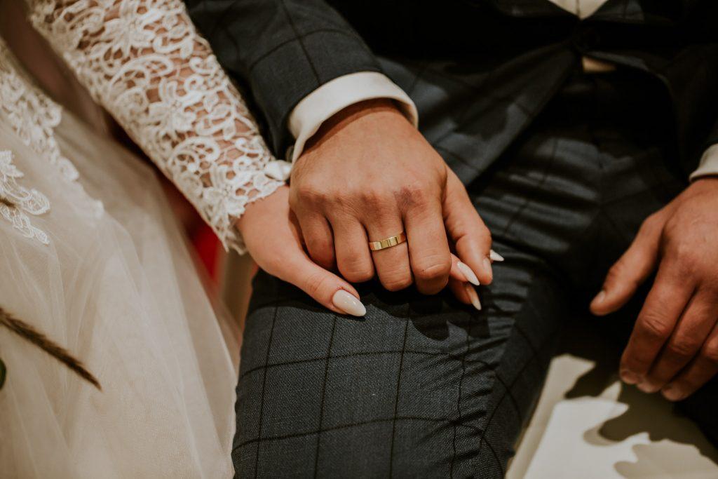 reportaz slubny lubelskie magda tomek 70 1024x683 - Przepiękne wesele w Hotelu 'Regent' w Pawłowie | Magda & Tomek | 26.10.2019