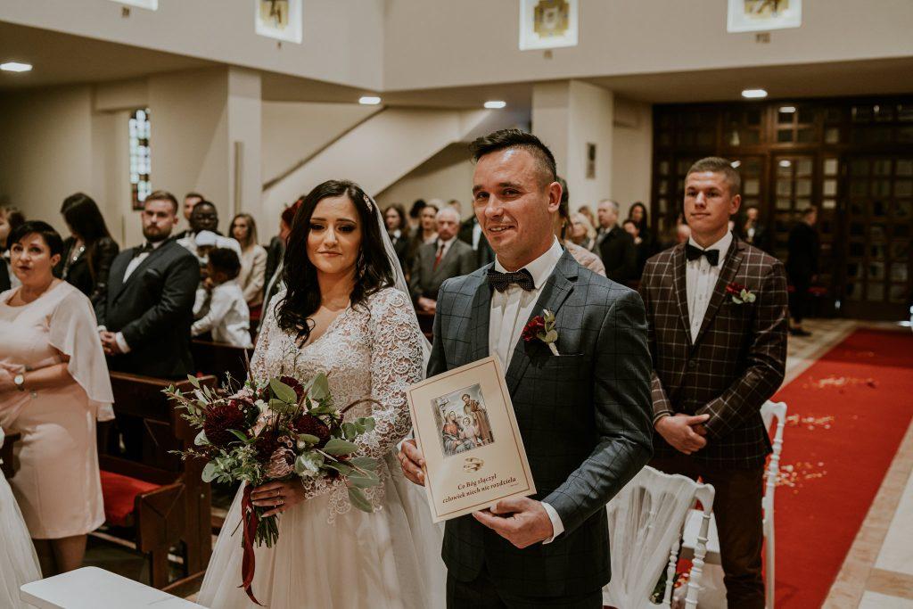 reportaz slubny lubelskie magda tomek 71 1024x683 - Przepiękne wesele w Hotelu 'Regent' w Pawłowie | Magda & Tomek | 26.10.2019