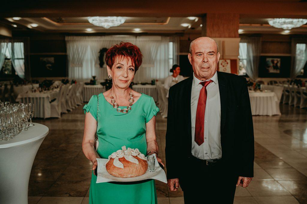 reportaz slubny lubelskie magda tomek 76 1024x683 - Przepiękne wesele w Hotelu 'Regent' w Pawłowie | Magda & Tomek | 26.10.2019