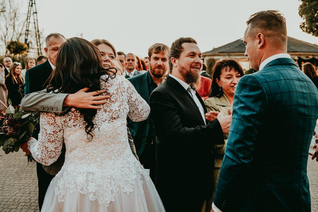 reportaz slubny lubelskie magda tomek 88 1024x683 - Przepiękne wesele w Hotelu 'Regent' w Pawłowie | Magda & Tomek | 26.10.2019
