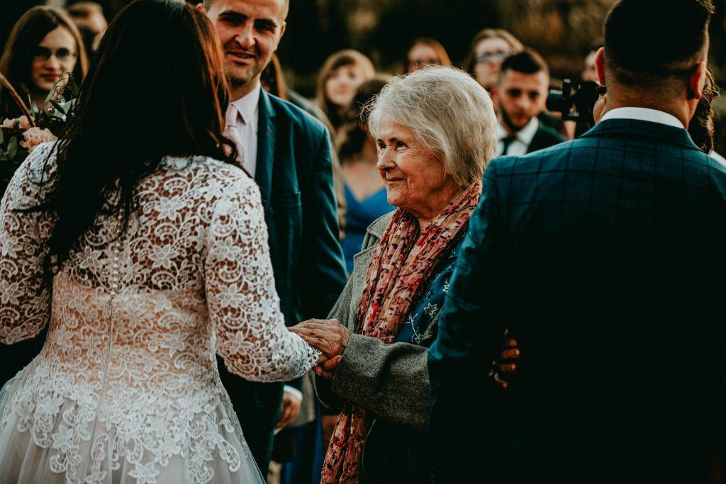 reportaz slubny lubelskie magda tomek 90 1024x683 - Przepiękne wesele w Hotelu 'Regent' w Pawłowie | Magda & Tomek | 26.10.2019