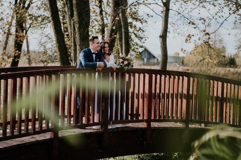 sesja slubna palac zaleskich rejowiec 4 1024x683 - Sesja Ślubna Zespół pałacowo-parkowy | Rejowiec | Magda & Tomek | 3.11.2019
