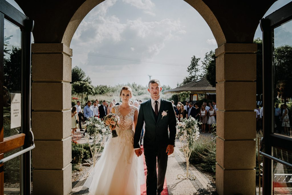 Plenerowy ślub Świadków Jehowy w Pawłowie