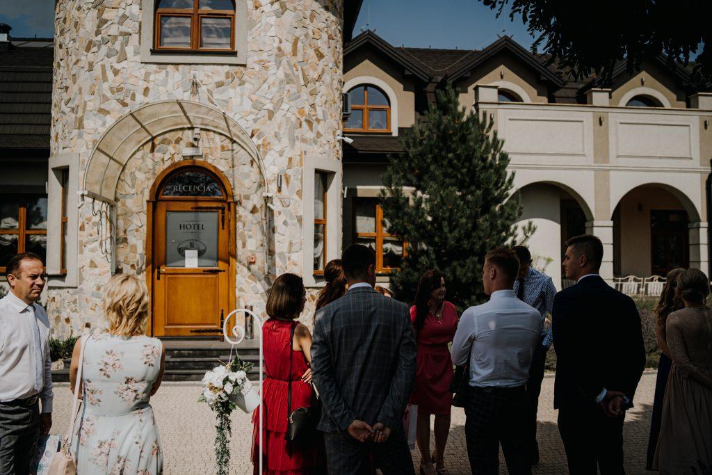 slub swiadkow jehowy regent pawlow 61 1024x683 - Plenerowy ślub Świadków Jehowy w Pawłowie | E+D | 7.08.2020