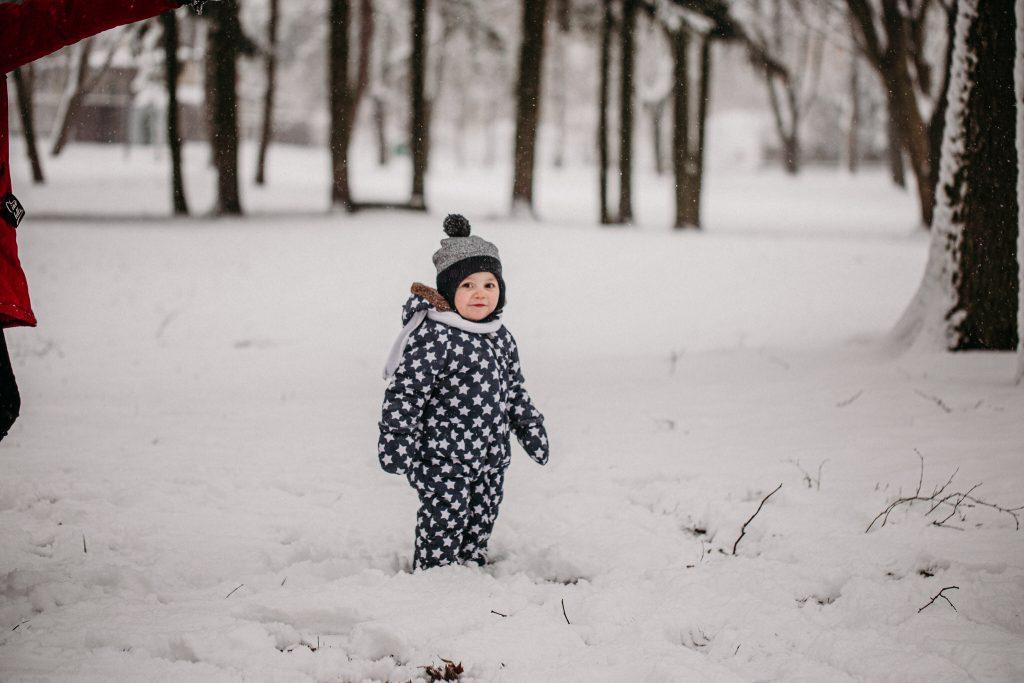 rodzinna sesja zimowa chelm 10 1024x683 - Justyna i Kamil z dziećmi – zimowa sesja rodzinna