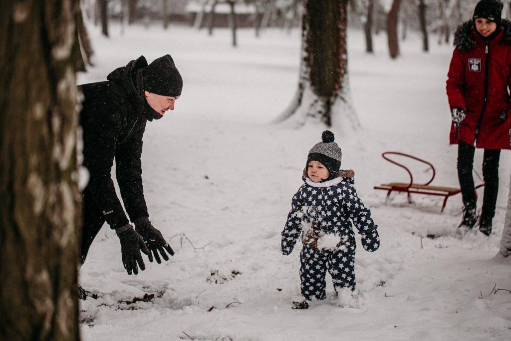 rodzinna sesja zimowa chelm 14 1024x683 - Justyna i Kamil z dziećmi – zimowa sesja rodzinna